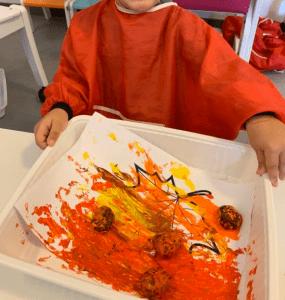 Peinture avec des marrons